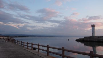 生地漁港の夕陽