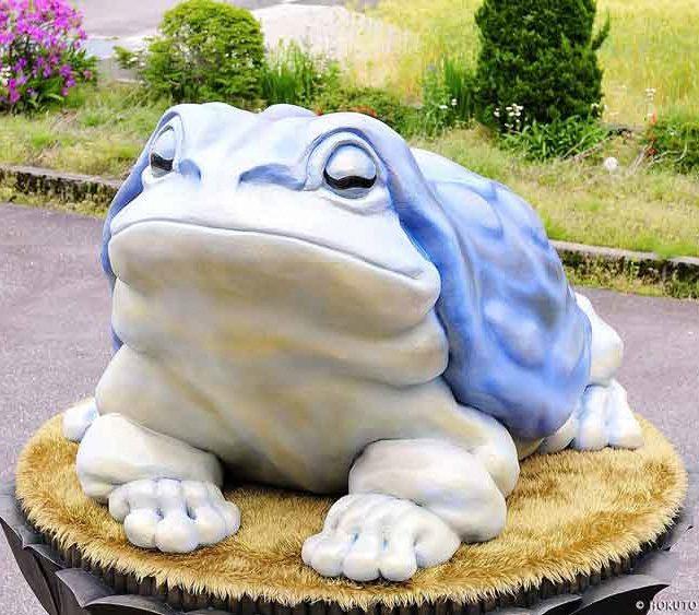 白緑蛙座像
