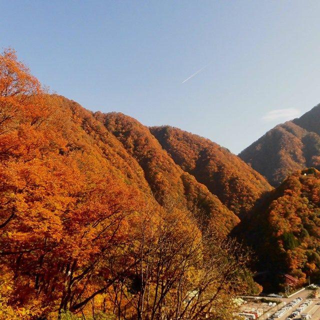 宇奈月温泉紅葉