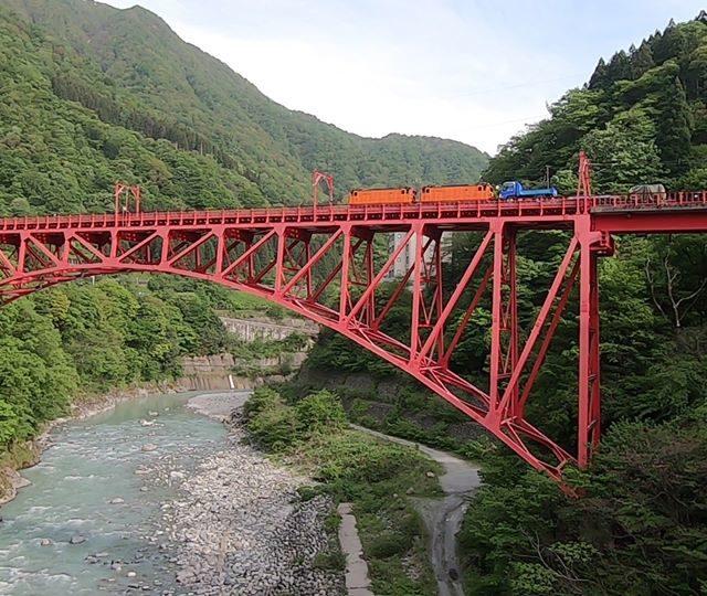 トロッコ電車